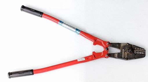 9c2de5e7d860b Pince de sertissage pour manchon de 1-5 mm pour realiser câble acier
