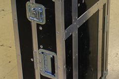 Roulettes d'angles et coins flightcase