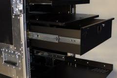 Etagères, glissières & tiroirs rack 19 pouces